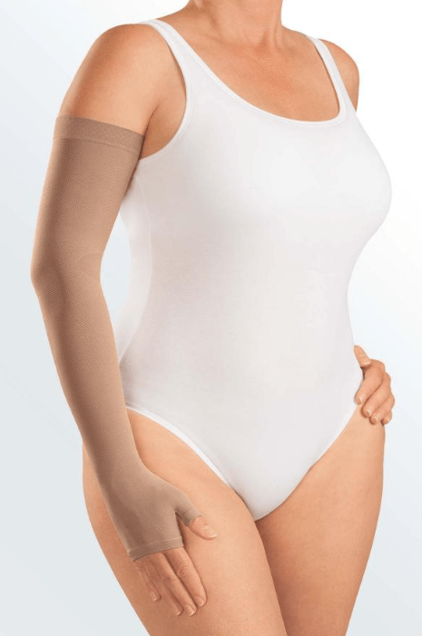 Armsleeve grip top with mitten